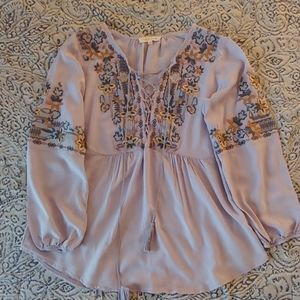 🌼2/$22🌼 Embroidered Peasant Top Solitaire (S)